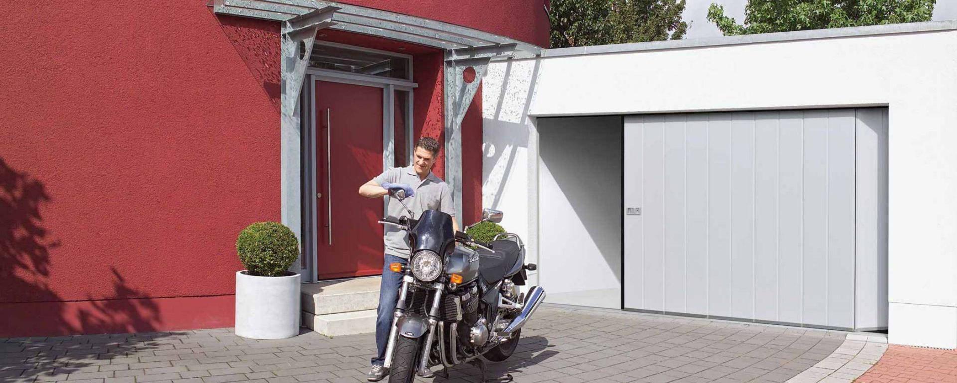 HGD Boerboom - Zijdelingse deur met motor
